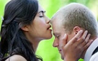К чему снится целовать покойника