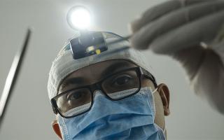 К чему снится врач мужчина