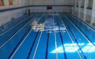 К чему снится быть в бассейне