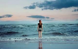 Сонник ноги в воде